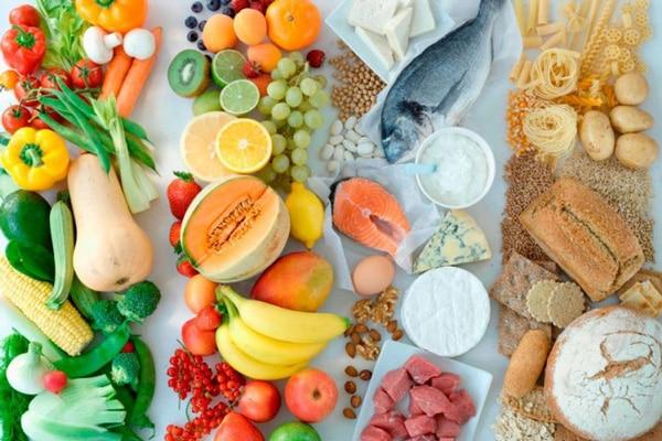 Справа лише у психології - при роздільному харчуванні ви більш ретельно підбираєте продукти, стежите за калорійністю раціону і, як наслідок, худнете