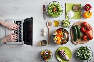 Десять поширених міфів про правильне харчування
