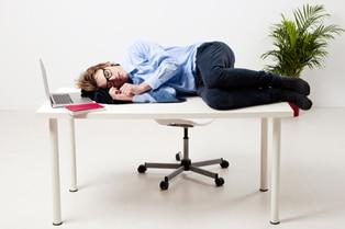 Як не заснути після їжі: 6 порад